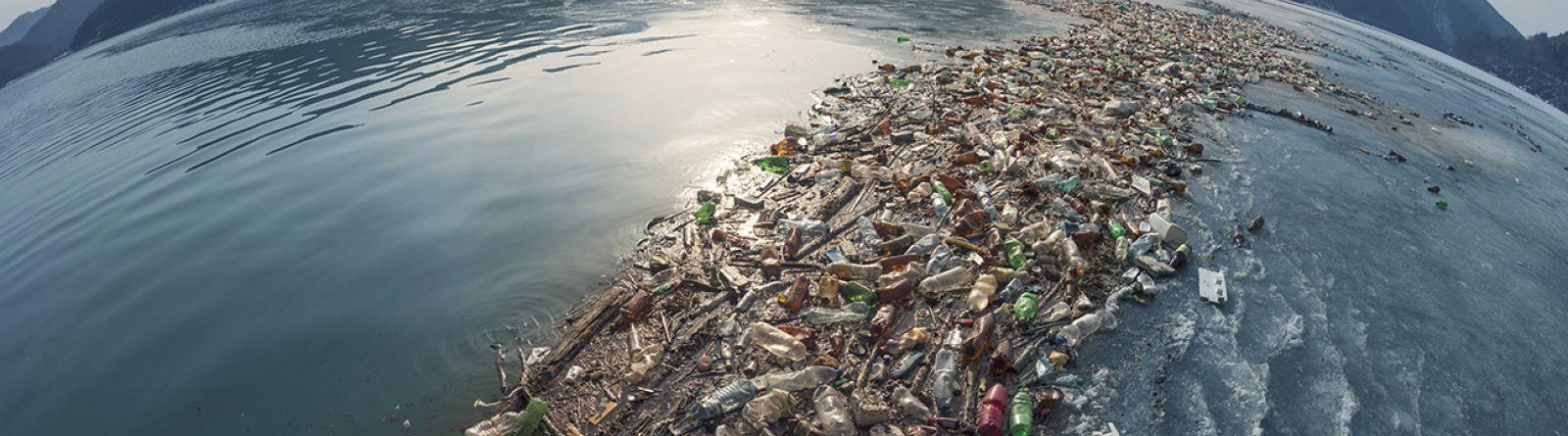 Il problema dei 400 milioni di tonnellate e la circolarità nell'economia della plastica