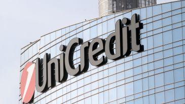 Unicredi vende a Aps 50 milioni di crediti in Bulgaria