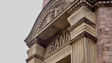 L'effetto Draghi stabilizza il settore bancario a breve termine
