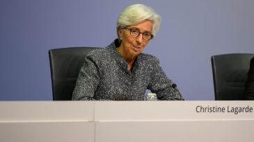 La Bce aumenta la dotazione del Pepp di altri 600 miliardi, giù lo spread