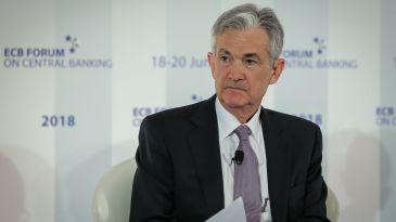 Powell: le criptovalute sono veicoli di speculazione. Ma Coinbase trionfa a Wall Street